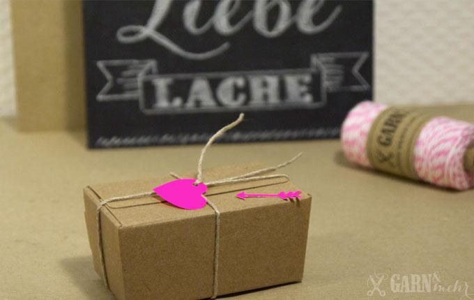 GARN_MEHR_Valentine_kraftbox_schachtel_twine_neon